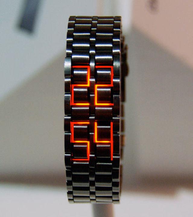 faceless-watch-1