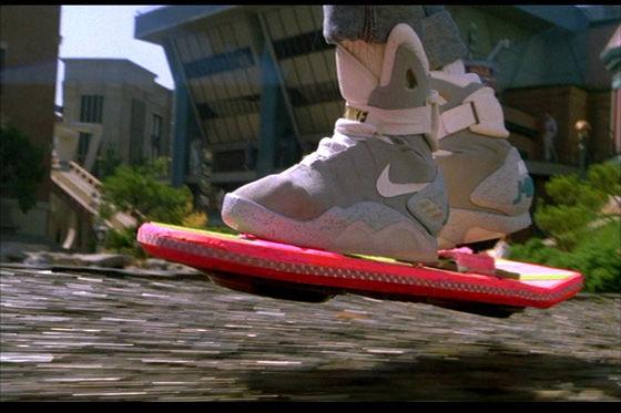 bttf_hoverboard_2